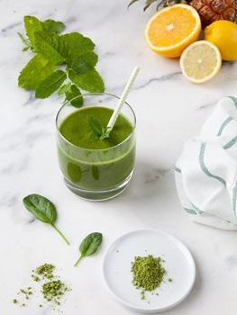 GREEN-MATCHA-MINT-SMOOTHIE